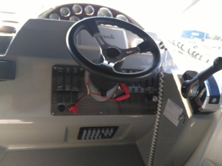 bayliner285r-008.jpg